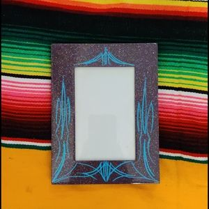 Other - Metal flake pinstripe picture frame